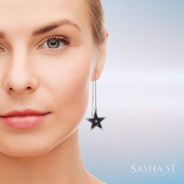Hviezdy Náušnice retiazkové tmavé striebro SashaSi